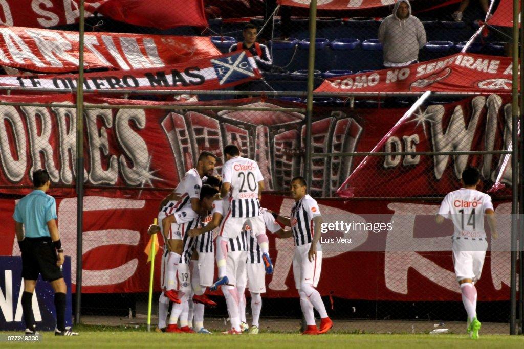 Libertad v Independiente - Copa CONMEBOL Sudamericana 2017