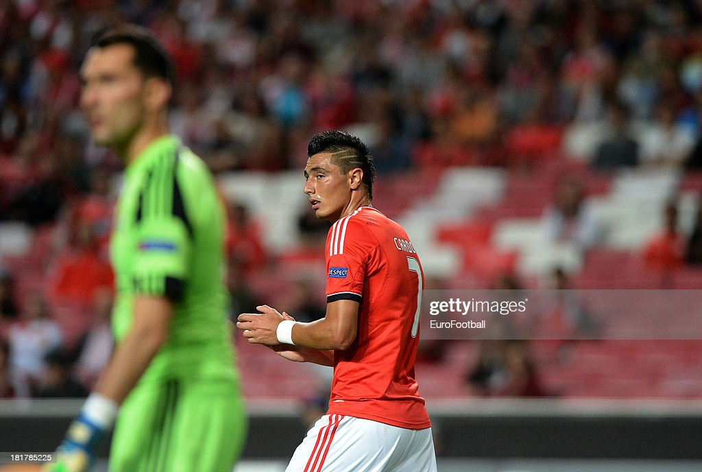 Oscar Cardozo of SL Benfica in action during the UEFA Champions League group stage match between SL Benfica and RSC Anderlecht held on September 17, 2013 at the Estadio do Sport Lisboa e Benfica, in Lisbon, Portugal.