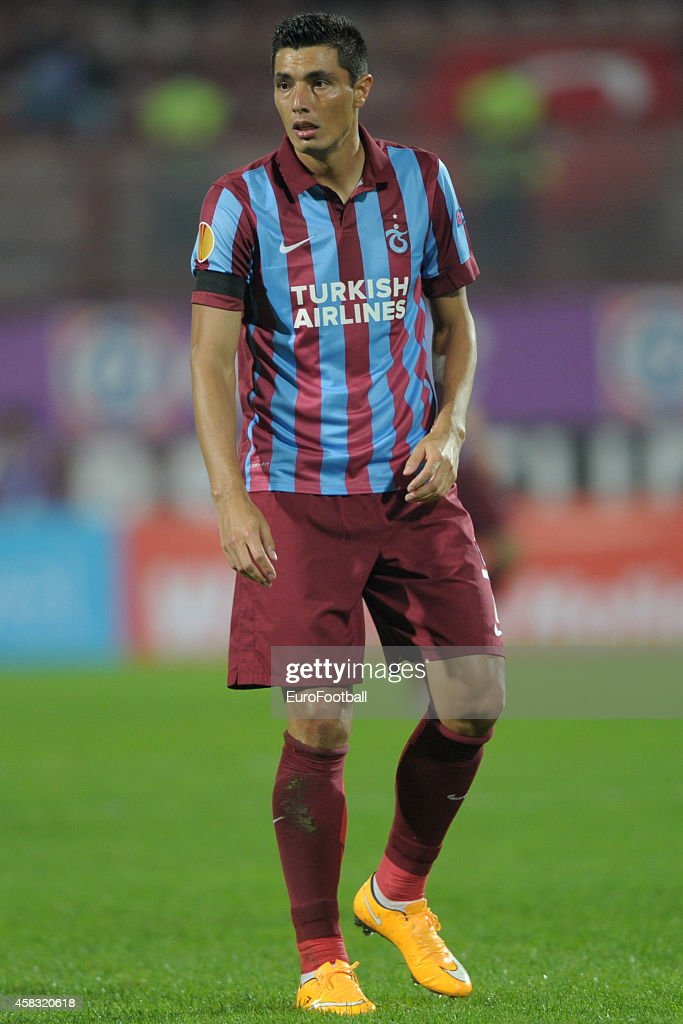 Oscar Cardozo of Trabzonspor AS in action during the UEFA Europa League Group L match between Trabzonspor AS and Legia Warszawa at the Hüseyin Avni Aker Stadium on October 2, 2014 in Trabzon,Turkey.