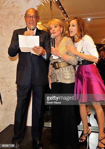 Oscar de la Renta Barbara Walters and Sarah Jessica Parker attend the Oscar de la Renta Fashion's Night Out party at the Oscar de la Renta Boutique...