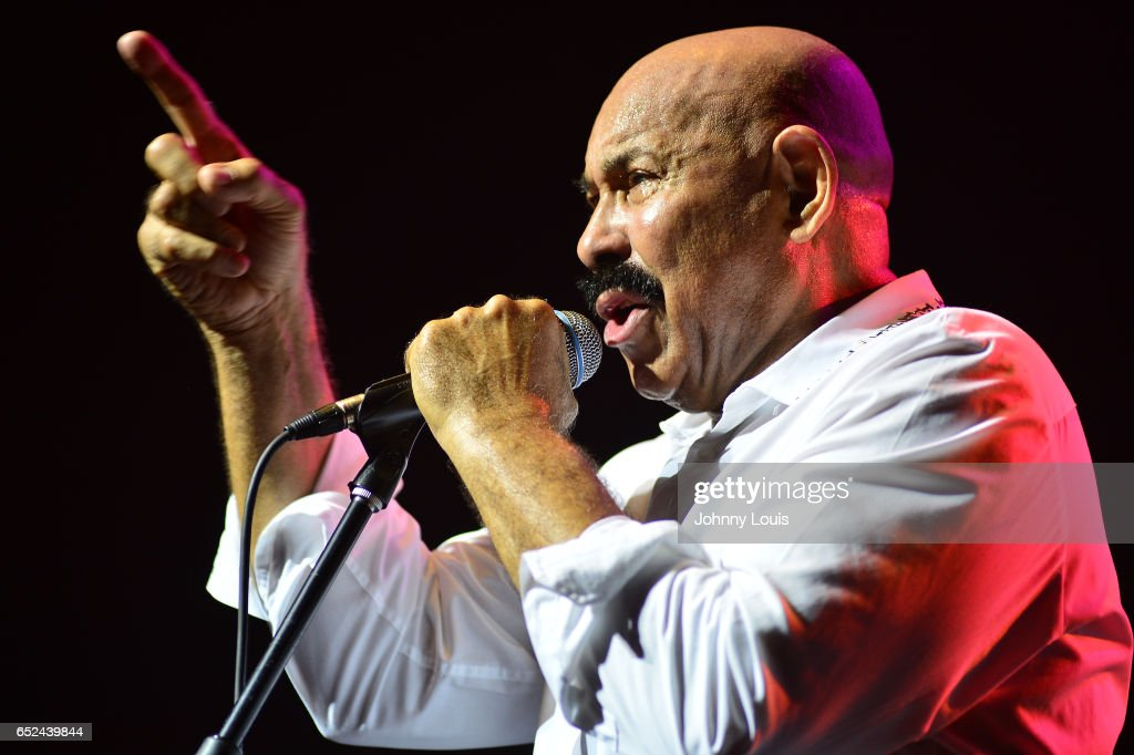 Oscar DLeon performs onstage during Viva La Salsa concert at James L. Knight Center on March 11, 2017 in Miami, Florida.