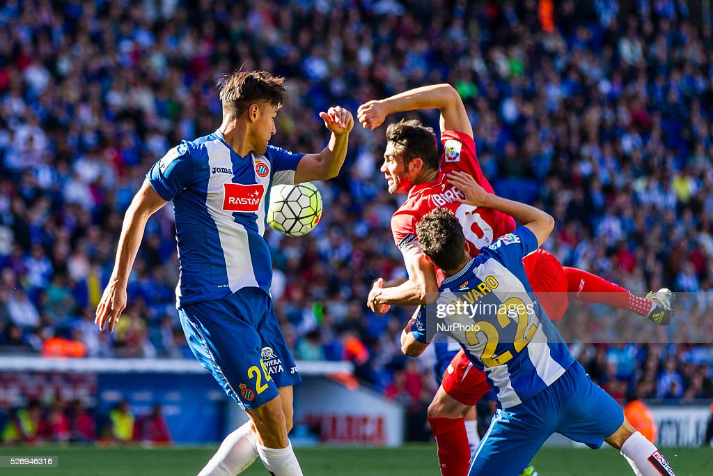 Oscar Duarte, Alvaro Gonzalez of RCD Espanyol and Iborra during the match between RCD Espanyol and Sevilla CF, for the round 36 of the Liga BBVA, played at RCD Espanyol Stadium on 1th May 2016 in Barcelona, Spain.