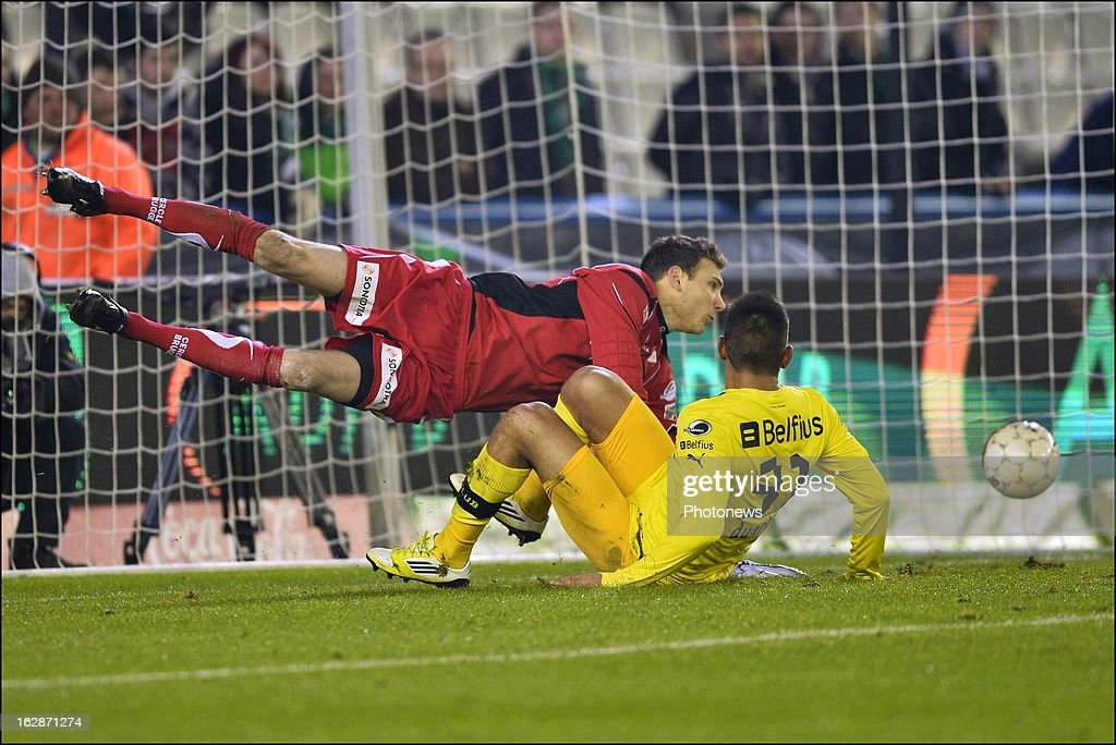 Oscar Duarte of Club Brugge KV scores a disallowed goal for offside during the Jupiler League match between Cercle Brugge and Club Brugge on February 28, 2013 in Brugge, Belgium.