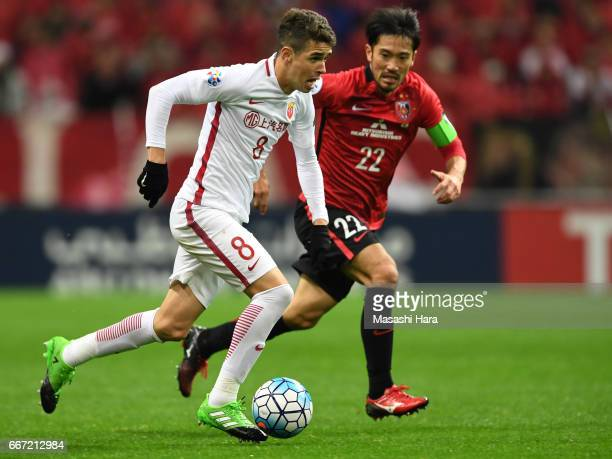 Oscar Emboaba Junior of Shanghai SIPG in action during the AFC Champions League Group F match between Urawa Red Diamonds and Shanghai SIPG FC at...