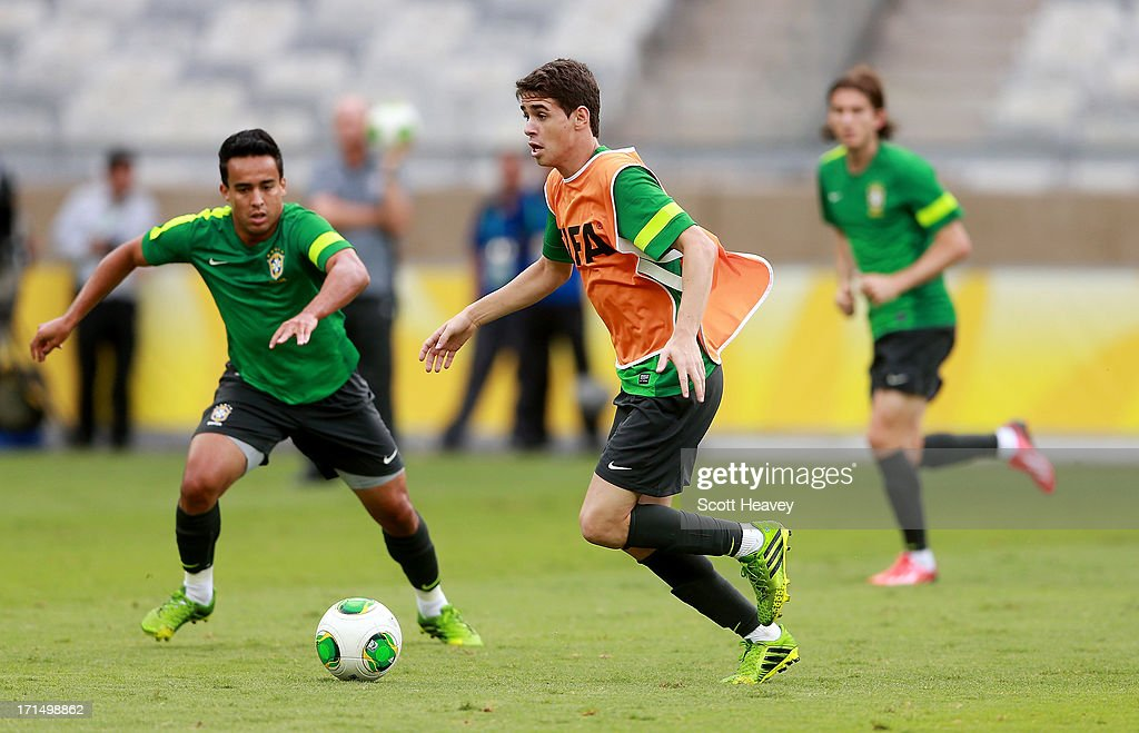 Oscar in action during a Brazil training session ahead of their FIFA Confederations Cup 2013 Semi Final match against Uruguay on June 25, 2013 in Belo Horizonte, Brazil.