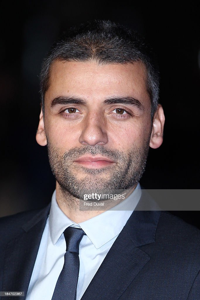<a gi-track='captionPersonalityLinkClicked' href=/galleries/search?phrase=Oscar+Isaac&family=editorial&specificpeople=2275888 ng-click='$event.stopPropagation()'>Oscar Isaac</a> attends the screening of 'Inside Llewyn Davis' Centrepiece Gala supported by the mayor of London during the 57th BFI London Film Festival at Odeon Leicester Square on October 15, 2013 in London, England.