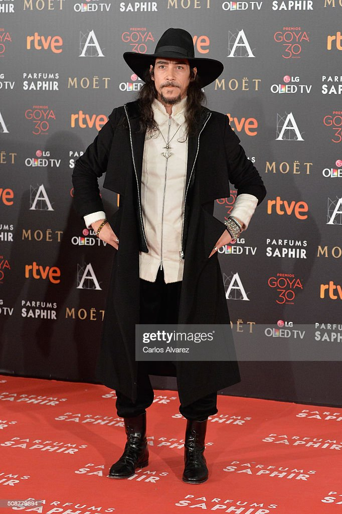 Oscar Jaenada attends Goya Cinema Awards 2016 at Madrid Marriott Auditorium on February 6, 2016 in Madrid, Spain.