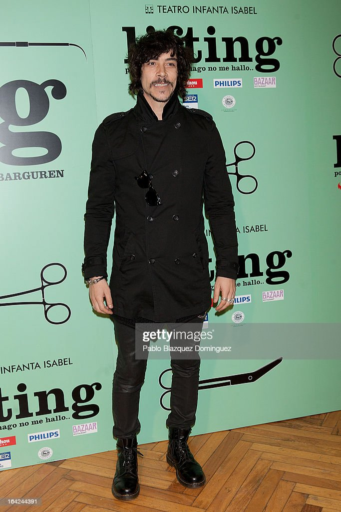 <a gi-track='captionPersonalityLinkClicked' href=/galleries/search?phrase=Oscar+Jaenada&family=editorial&specificpeople=789204 ng-click='$event.stopPropagation()'>Oscar Jaenada</a> attends the 'Lifting' premiere at Infanta Isabel Theatre on March 21, 2013 in Madrid, Spain.