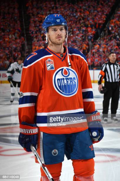 Oscar Klefbom of the Edmonton Oilers stands for the singing of the national anthem prior to Game One of the Western Conference First Round during the...