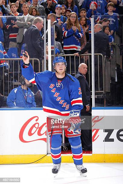 Oscar Lindberg of the New York Rangers salutes the crowd after being named the second star of the game following his teams 52 win over the Columbus...
