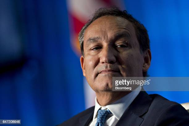 Oscar Munoz chief executive officer of United Continental Holdings Inc listens during a discussion at the US Chamber of Commerce aviation summit in...