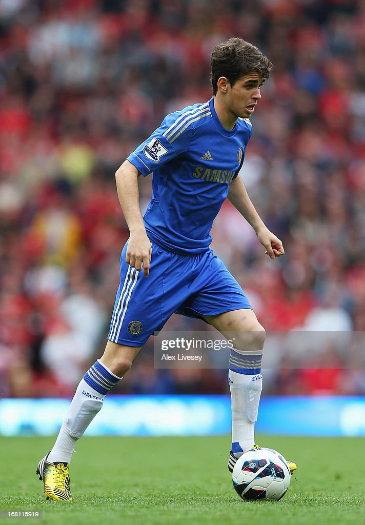 Oscar of Chelsea in action during the Barclays Premier League match between Manchester United and Chelsea at Old Trafford on May 5, 2013 in Manchester, England.
