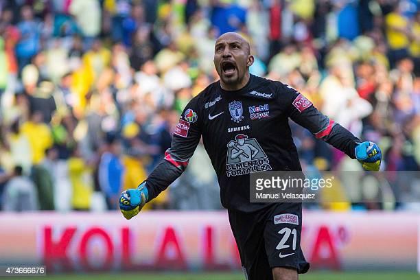 Oscar Perez goalkeeper of Pachuca celebrates a scored goal during a quarterfinal second leg match between America and Pachuca as part of Clausura...