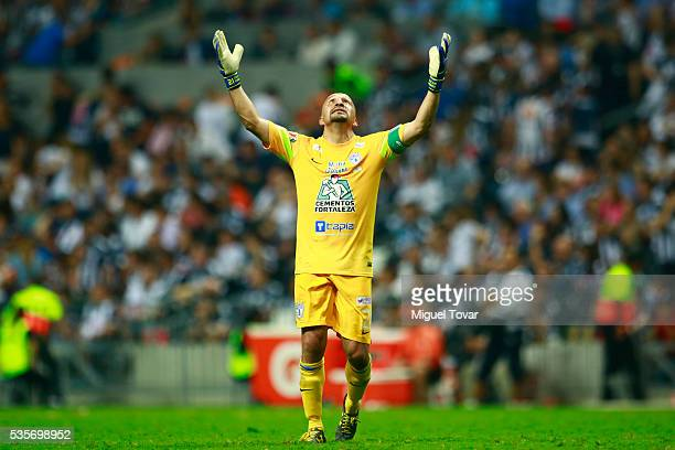 Oscar Perez goalkeeper of Pachuca celebrates the goal of his team during the Final second leg match between Monterrey and Pachuca as part of the...