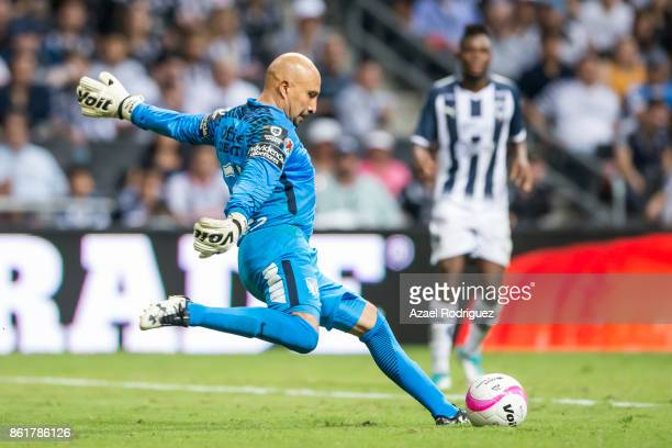 Oscar Perez goalkeeper of Pachuca kicks the ball during the 13th round match between Monterrey and Pachuca as part of the Torneo Apertura 2017 Liga...