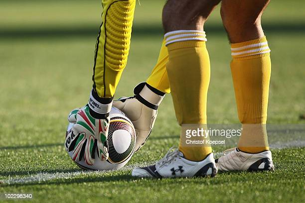 Oscar Perez of Mexico places the ball down before taking a goal kick during the 2010 FIFA World Cup South Africa Group A match between Mexico and...