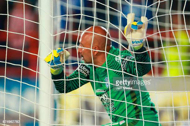Oscar Perez of Pachuca reacts during the 16th round match between Pachuca and Cruz Azul as part of the Torneo Clausura 2017 Liga MX at Hidalgo...