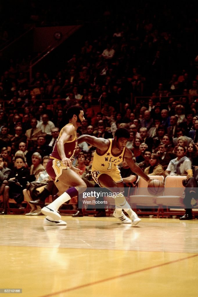 Oscar Robertson #1 of the Western Conference All Stars drives to the basket against Walt Frazier#10 of the Eastern Conference All Stars during the 1972 NBA All Star game on January 18,1972 at the Forum in Los Angeles, California.