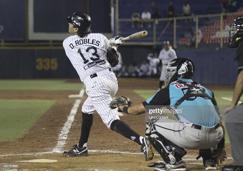 Oscar Robles bats the ball during a match between Saraperos de Saltillo and Guerreros de Oaxaca as part of the Mexican Baseball League 2014 at...