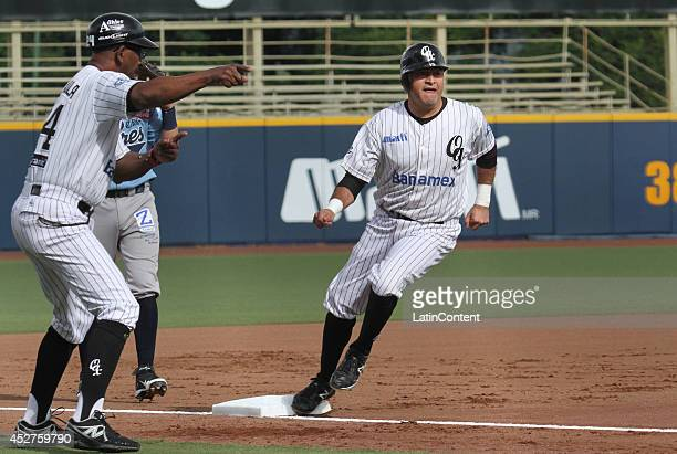 Oscar Robles runs to the third base during a match between Tigres de Quintana Roo and Guerreros de Oaxaca as part of the Mexican Baseball League 2014...