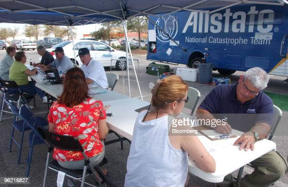 Allstate Team: Allstate National Catastrophe Team Stock Photos And