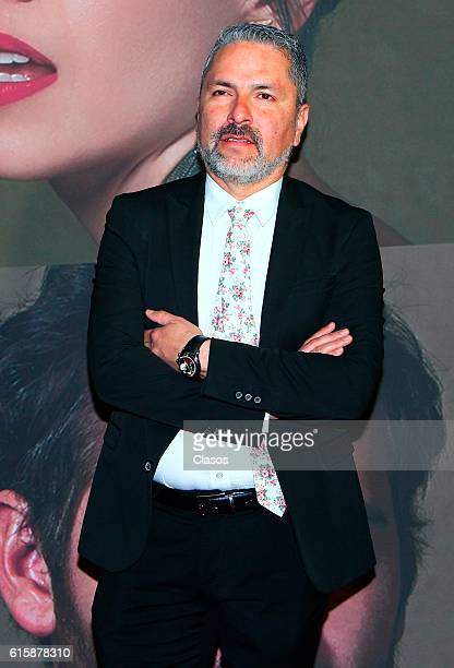 Oscar Uriel attends La Vida Inmoral De La Pareja Ideal premiere and red carpet at Teatro Metropolitano on October 19 2016 in Mexico City Mexico