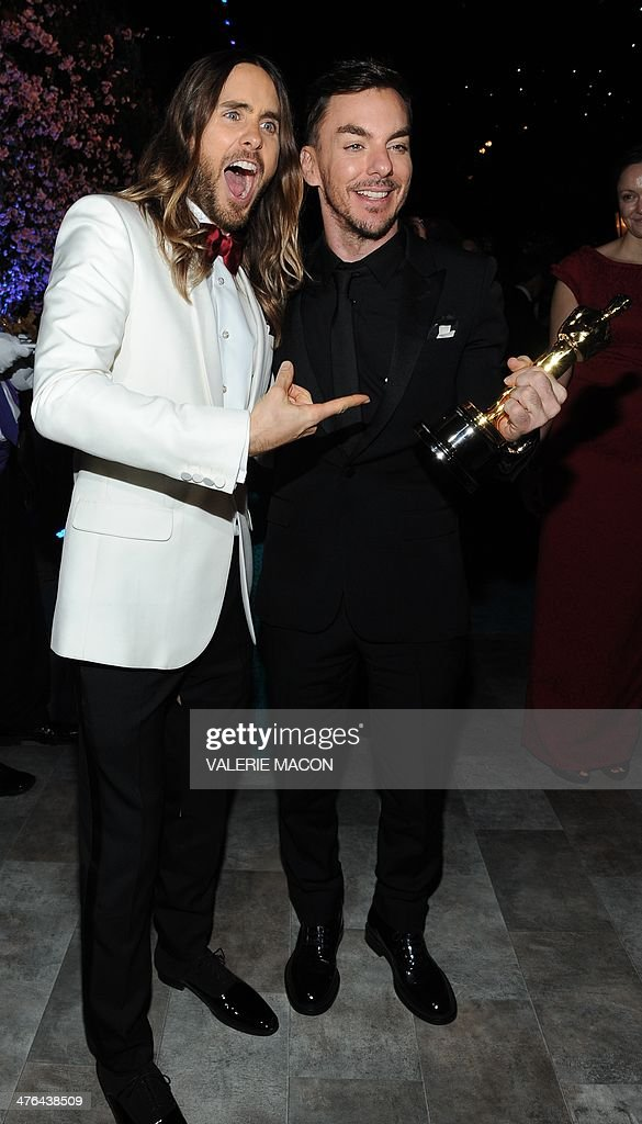 Oscar Winner for Best Actor In A Supporting Role in 'Dallas Buyers Club' <a gi-track='captionPersonalityLinkClicked' href=/galleries/search?phrase=Jared+Leto&family=editorial&specificpeople=214764 ng-click='$event.stopPropagation()'>Jared Leto</a> (L) and his brother Shannon Leto arrive at the Governor's Ball following the 86th Academy Awards on March 2nd, 2014 in Hollywood, California. AFP PHOTO / VALERIE MACON