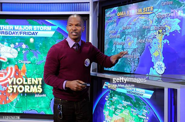AMERICA Oscar winner Jamie Foxx tries to forecast the weather on GOOD MORNING AMERICA 4/13/11 airing on the ABC Television Network GM11 JAMIE
