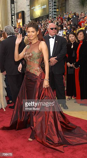 Oscarnominated actress Halle Berry arrives at the 74th Annual Academy Awards March 24 2002 at The Kodak Theater in Hollywood CA