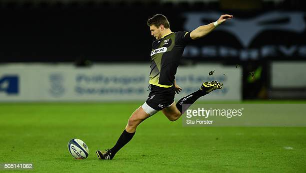 Ospreys player Dan Biggar kicks a penalty during the European Rugby Champions Cup Pool 2 match between Ospreys v ASM Clermont Auvergne at Liberty...