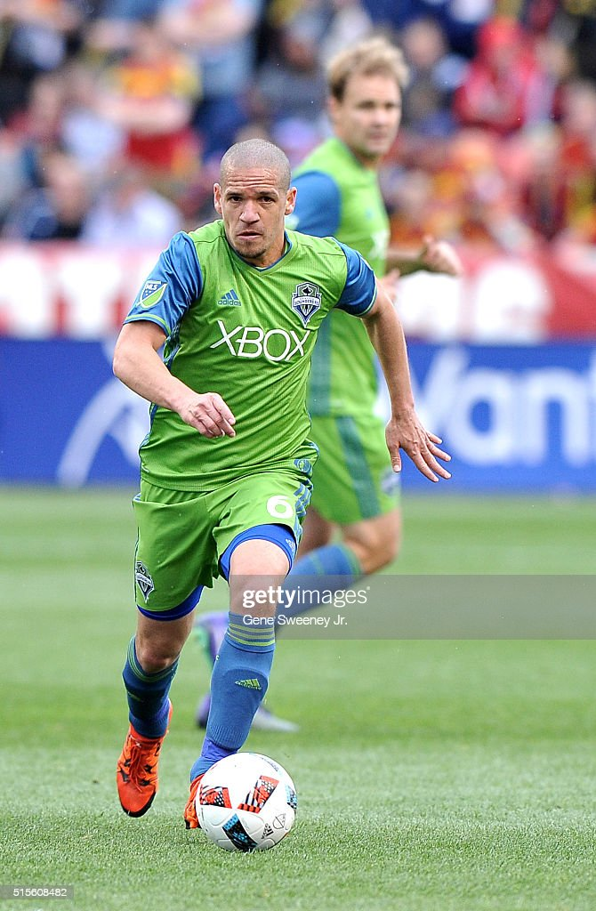 Osvaldo Alonso #6 of Seattle Sounders FC dribbles the ball in the game against Real Salt Lake at Rio Tinto Stadium on March 12, 2016 in Sandy, Utah.