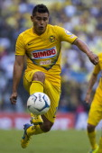 Osvaldo Martinez of America controls the ball during the leg 2 of a Semifinal match between America and Toluca as part of the Playoffs Apertura 2013...