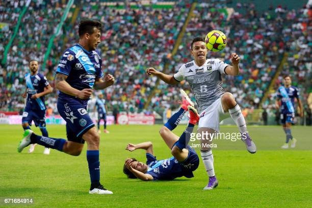 Osvaldo Rodriguez of Leon tries to control the ball during the 15th round match between Leon and Puebla as part of the Torneo Clausura 2017 Liga MX...
