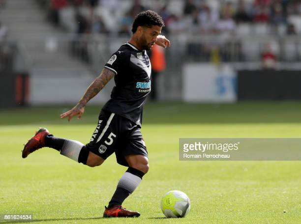 Otavio Passos Santos of Bordeaux in action during the Ligue 1 match between FC Girondins de Bordeaux and FC Nantes at Stade Matmut Atlantique on...
