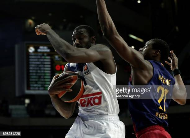 Othello Hunter of Real Madrid in action against Moussa Diagne of Barcelona Lassa during the Turkish Airlines Euroleague basketball match between Real...