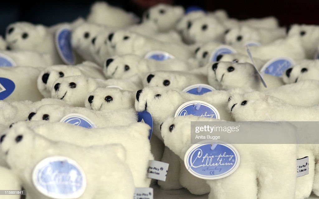 Other plush souvenirs during STEIFF launches a Polar Bear line 'Knut' Press Conference in Berlin at Berlin Zoo in Berlin Berlin Germany