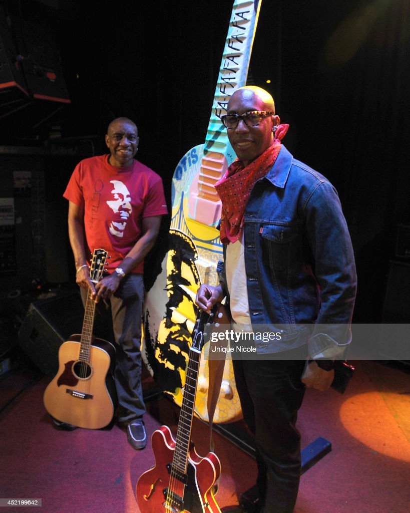 Otis Redding III and <a gi-track='captionPersonalityLinkClicked' href=/galleries/search?phrase=Raphael+Saadiq&family=editorial&specificpeople=858977 ng-click='$event.stopPropagation()'>Raphael Saadiq</a> attend special art guitar tribute to Grammy Lifetime Achievement Award recipient and Rock and Roll Hall of Famer Otis Redding at The Whiskey A Go Go on July 15, 2014 in West Hollywood, California.