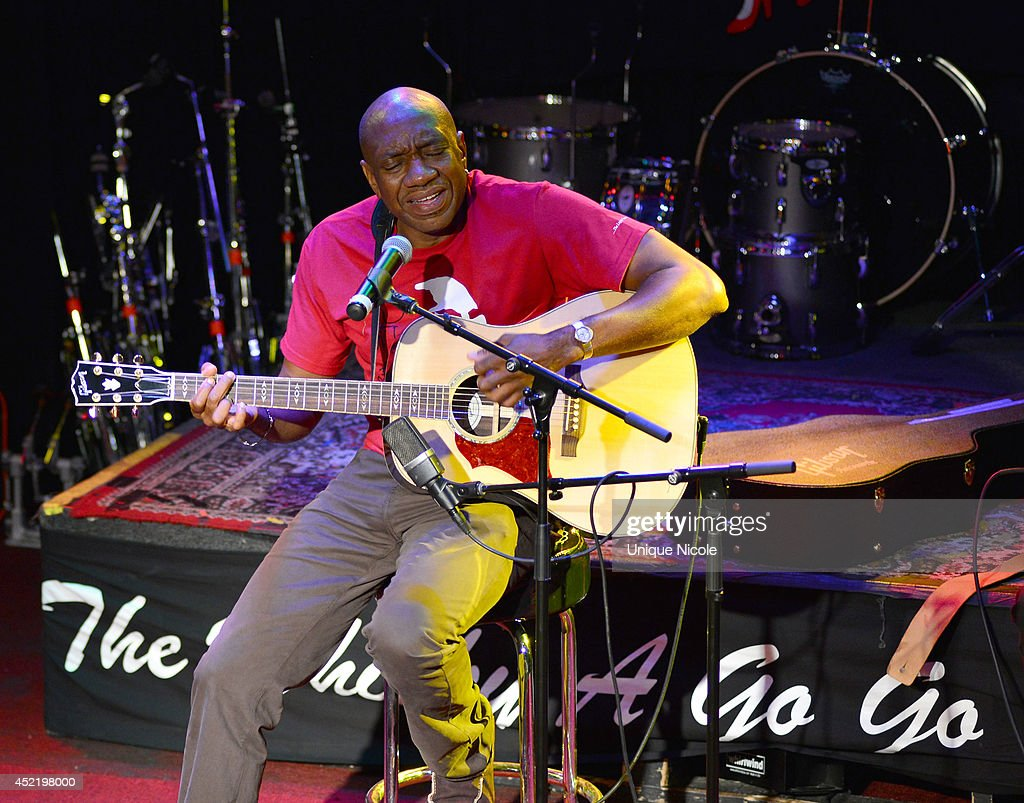 Otis Redding III performs during special art guitar tribute to Grammy Lifetime Achievement Award recipient and Rock and Roll Hall of Famer Otis Redding at The Whiskey A Go Go on July 15, 2014 in West Hollywood, California.
