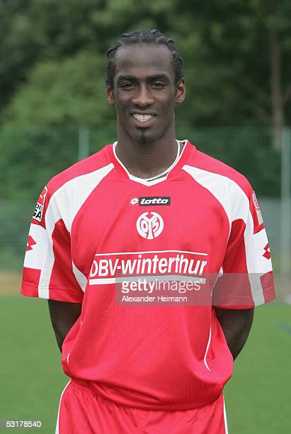 Otto Addo poses during the Team Presentation of FSV Mainz 05 for the Bundesliga Season 2005 2006 on July 1 2005 in Mainz Germany