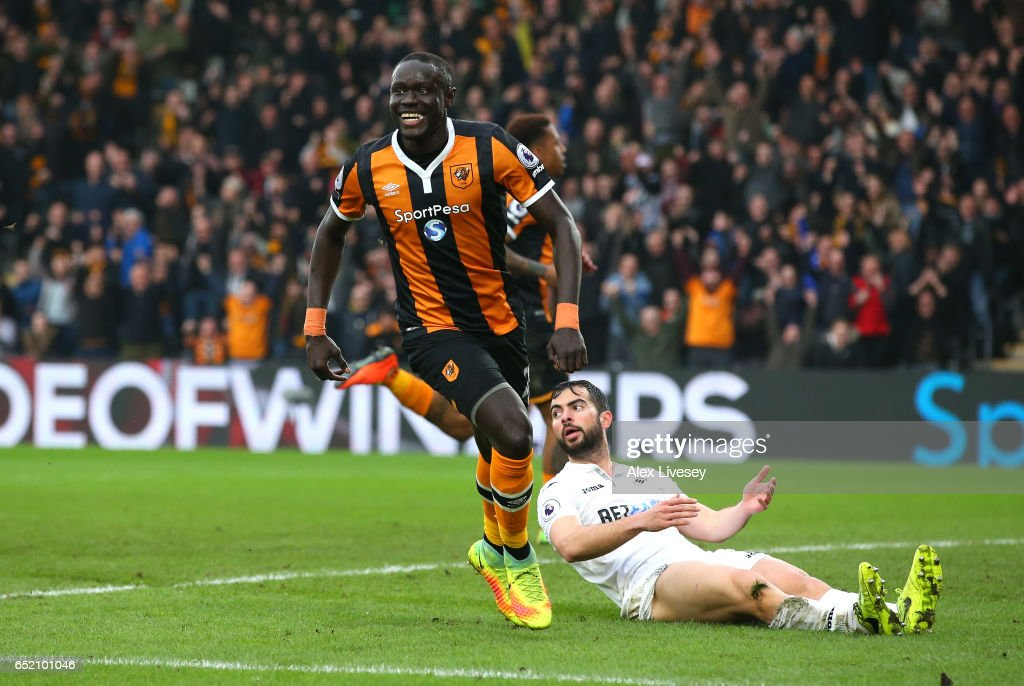 Oumar Niasse of Hull City celebrates as he scores their second goal during the Premier League match between Hull City and Swansea City at KCOM Stadium on March 11, 2017 in Hull, England.