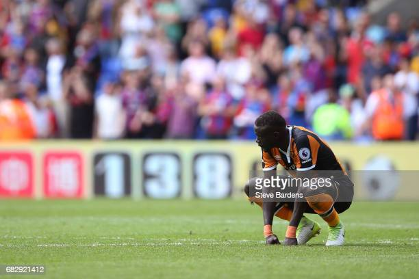 Oumar Niasse of Hull City looks dejected during the Premier League match between Crystal Palace and Hull City at Selhurst Park on May 14 2017 in...