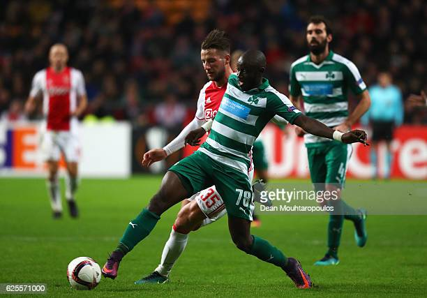 Ousmane Coulibaly of Panathinaikos battles with Mitchell Dijks of Ajax during the UEFA Europa League Group G match between AFC Ajax and Panathinaikos...