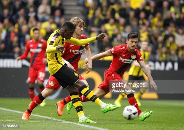 Ousmane Dembele of Borussia Dortmund scores a goal during the Bundesliga soccer match between Borussia Dortmund and Bayer 04 Leverkusen at the Signal...