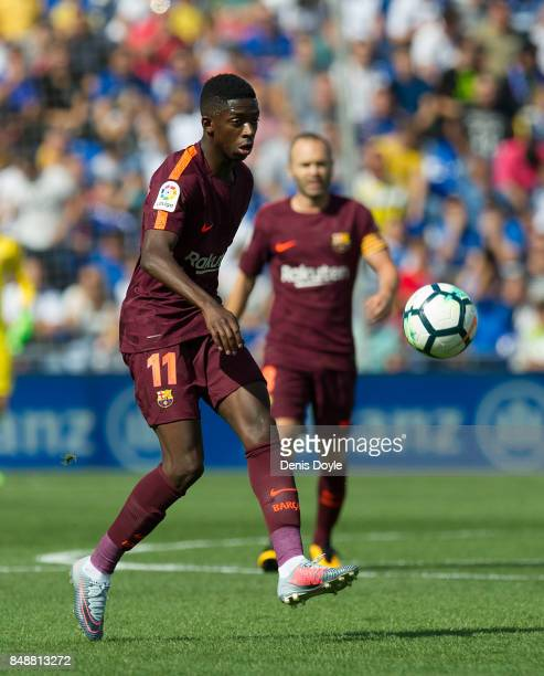 Ousmane Dembele of FC Barcelona controls the ball during the La Liga match between Getafe and Barcelona at Coliseum Alfonso Perez on September 16...