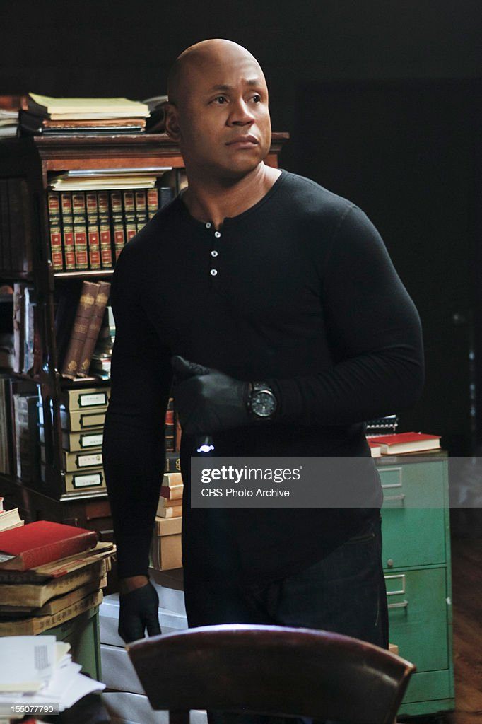 "'œOut of the Past' (Part 1)'"" Pictured: LL COOL J (Special Agent Sam Hanna). When a CIA agent who worked with Sam Hanna over eight years ago seeks his help and is soon found dead of an apparent suicide, Hanna and Callen suspect foul play and a bigger conspiracy. Meanwhile, Deeks finds his inner 'œdog whisperer' with Kensi as the two go undercover and enter a dog show with a prized poodle, on"