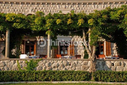 Restaurant Avec Terrasse Exterieure Italie Photo Thinkstock