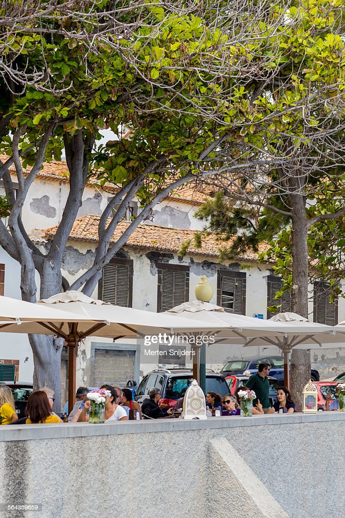 Outdoor terrace at Largo do Socorro : Foto de stock