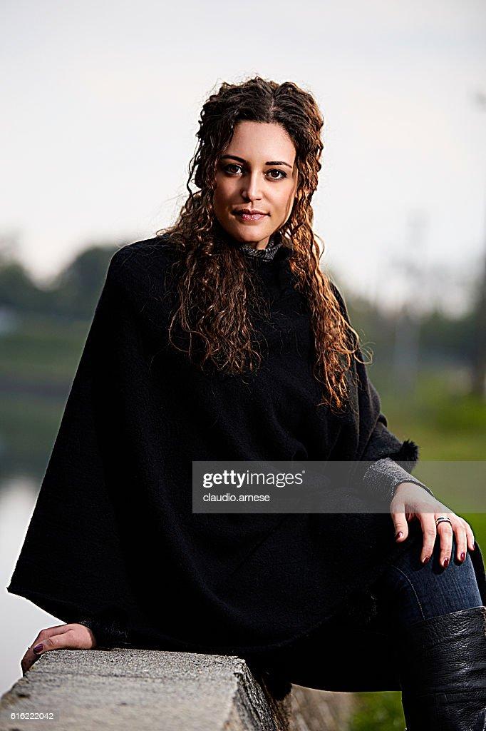 Outdoor Woman Portrait : Stockfoto