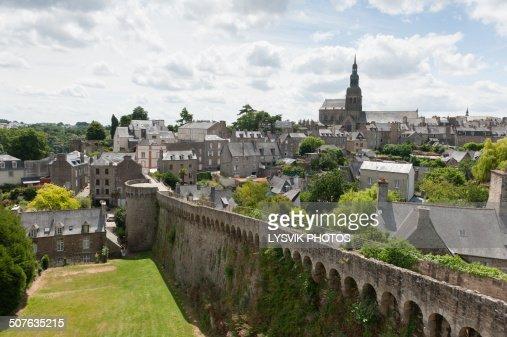 Outer city wall Dinan