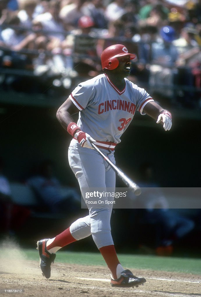 Outfielder <a gi-track='captionPersonalityLinkClicked' href=/galleries/search?phrase=Dave+Parker+-+Baseball+Player&family=editorial&specificpeople=15119297 ng-click='$event.stopPropagation()'>Dave Parker</a> #39 of the Cincinnati Red bats against the San Diego Padres during a Major League Baseball game circa 1985 at Jack Murphy Stadium in San Diego, California. Parker played for the Reds from 1984-87.